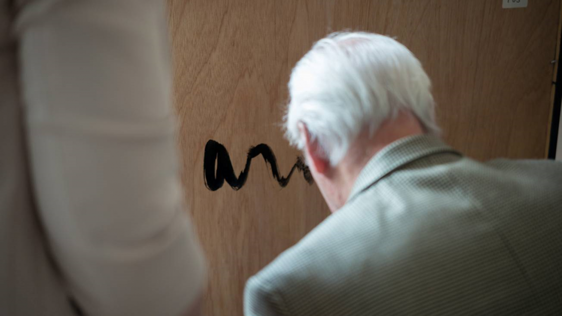 Armando Signeert in Chabot Museum_ foto Hans Bol